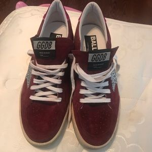 NWT Golden Goose shoes Size 40